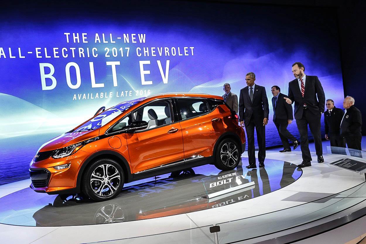 Tesla má problém: Jmenuje se Chevrolet Bolt