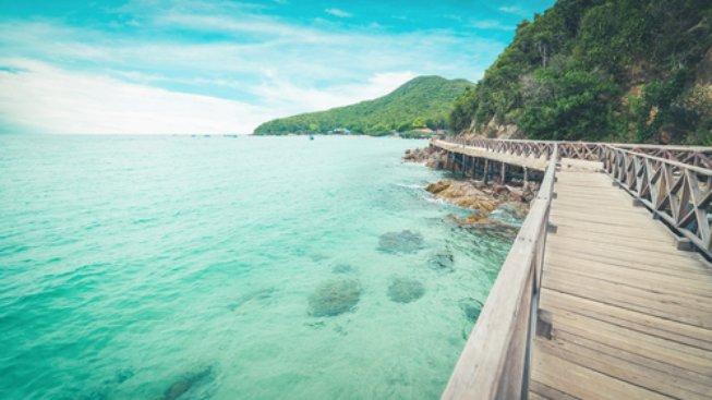 Koh Lan Beach