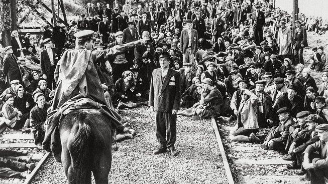 Schindlerovo hrdinství se dočkalo i filmového zpracování, o Hochschildovi se dosud nic podobného ani netušilo