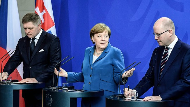 Robert Fico, Angela Merkelová a Bohuslav Sobotka