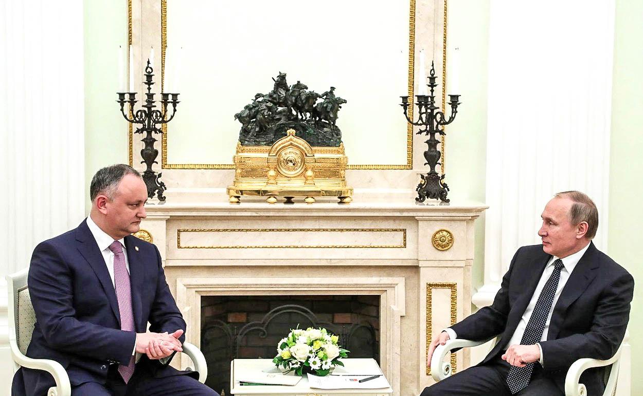 EU byla chyba, říká moldavský prezident. A míří do náruče Moskvy