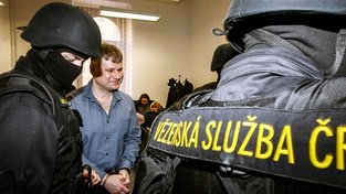 Jiří Kajínek byl odsouzen za dvě vraždy a jednu přípravu vraždy na doživotí