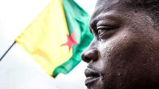 Mikael Mancee, mluvčí protestní organizace 500 bratrů