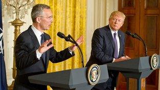Donald Trump a Jens Stoltenberg našli společnou řeč