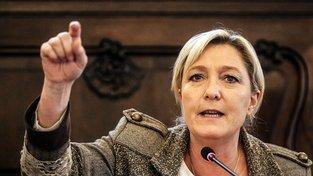 Marine Le Penová se odvolává na imunitu a nechodí k výslechům