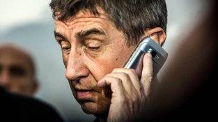 Andrej Babiš teď bude mít telefonování levnější