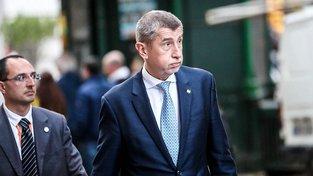 Ministr financí Andrej Babiš si může spokojeně oddechnout, když uspěl se svým návrhem na zdanění dluhopisů