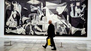 Trvalo desítky let než legendární Guernica doputoval do Španělska