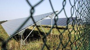 Shenar prodal společnosti ČEZ projekt solární elektrárny, teď ho policie stíhá kvůli daním. Ilustrační snímek