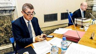 Babiš a Sobotka na schůzi kabinetu