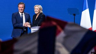Nicolas Dupont-Aignan a Le Penová