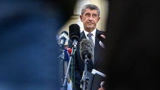 Andrej Babiš odpovídá na otázky novinářů po setkání s prezidentem Milošem Zemanem