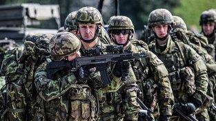 Češi by měli posílit kanadské a německé kontingenty