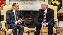 Trump prý vyzradil Lavrovovi tajné informace, Bilý dům i Moskva to popírají
