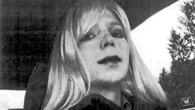 Chelsea Manningová, ještě jako vojín Bradley Manning na nedatovaném snímku před zatčením
