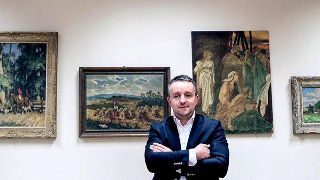 Stíhání podnikatele a zetě náměstkyně Aleny Schillerové Davida Rusňáka vyvolalo reakce i na politické scéně