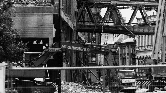Centrum Manchesteru po útoku IRA