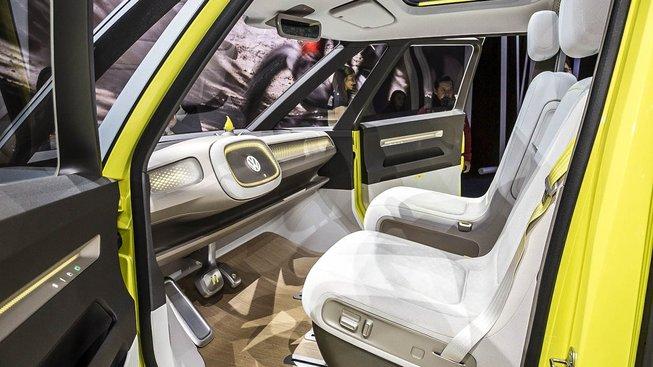 Samořídící auta představují v očích investorů zlatý důl, ale možná bude spíš cestou do pekla