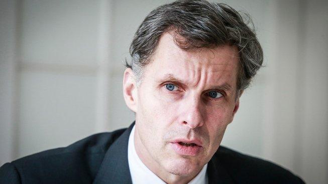 Předseda Českého olympijského výboru Jiří Kejval byl jedním z místopředsedů Národní rady pro sport. Ve středu společně s Miroslavem Janstou a Hanou Moučkovou rezignoval