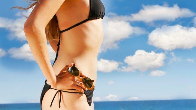 Hubnete na léto do plavek? Zeštíhlete raději svoje výdaje