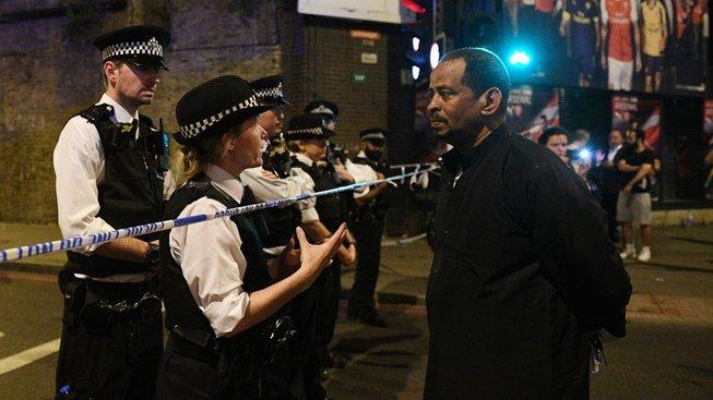 Policisté hlídají místo tragického incidentu