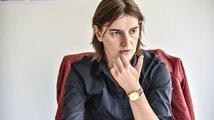 Revoluce v srbských dějinách: Vládu možná sestaví žena a navíc lesba