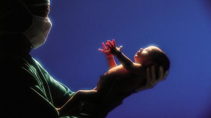 Planeta by se dala zachránit nižší porodností. Ale pro koho?