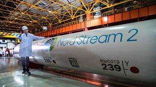 Šéf Gazpromu Alexej Miller v čeljabinské továrně, kde se vyrábí potrubí pro Nord Stream