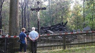 Z významného kostela zbyly jen ohořelé trosky