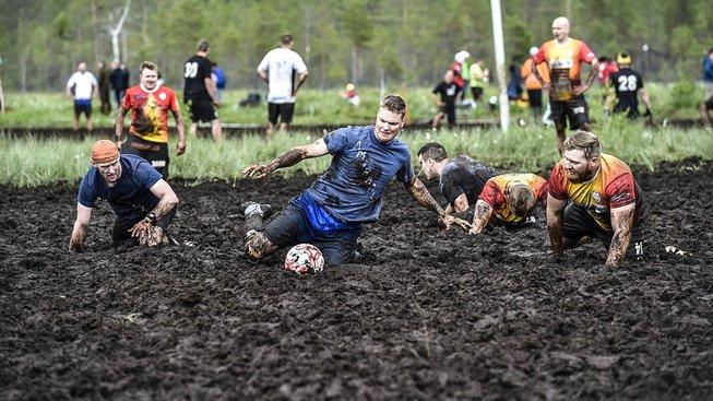 Mistrovství světa v bahenním fotbale