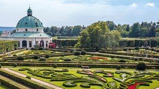 Květná zahrada v Kroměříži patří mezi památky UNESCO. Před několika lety navíc byla nově zrekonstruována