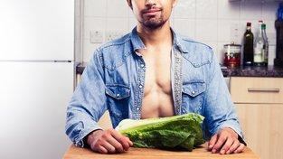 Ženám prý voní více muži, kteří jedí ovoce a zeleninu. Ilustrační snímek