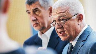 Šéf hnutí Ano Andrej Babiš a místopředseda Jaroslav Faltýnek budou před výborem vypovídat 30. srpna