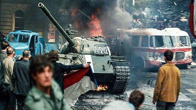 Invaze vojsk Varšavské smlouvy do Československa