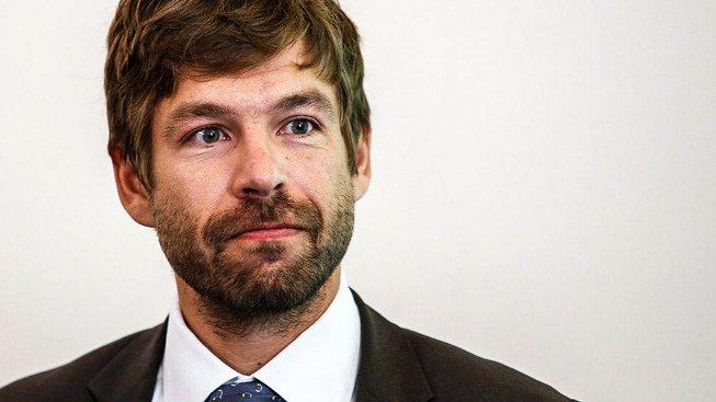 Ministr spravedlnosti Robert Pelikán zbavil nejvyššího státního zástupce Pavla Zemana mlčenlivosti