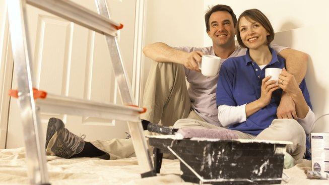 Stavba domu je velká výzva, ale s šikovnými pomocníky ji snadno zdoláte