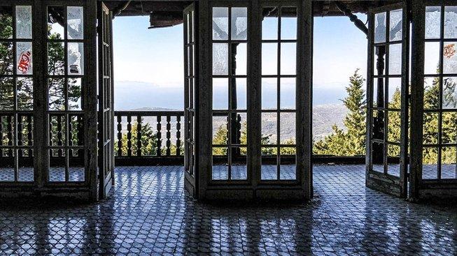 Mussolini si nechal postavit luxusní letní sídlo, na které ale nikdy nevkročil