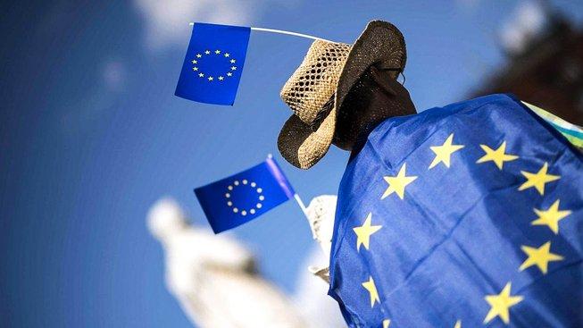 Češi by si měli předně odpovědět na otázku, zda do tvrdého jádra EU vůbec chtějí