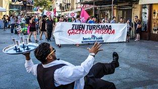 Demonstrace proti turistům ve španělském San Sebastianu