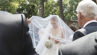 Dědička Victoria Swarovski během svého svatebního dne
