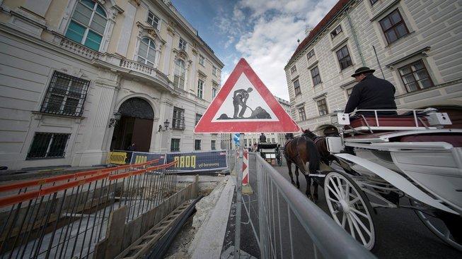 Kontroverzní vídeňská stavba protiteroristické zdi