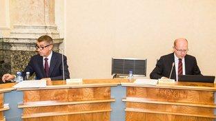 Bývalý ministr financí Andrej Babiš a premiér Bohuslav Sobotka