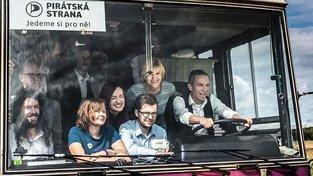 Pirátská strana v autobuse