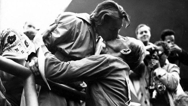 Manželé na letních olympijských hrách v Helsinkách v roce 1952