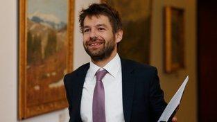 Ministr spravedlnosti Robert Pelikán navrhl odvolat soudkyni Královou