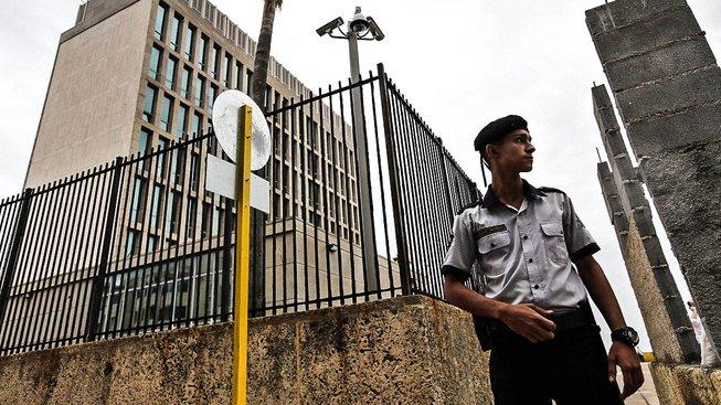 Americké velvyslanectví v Havaně. 21 Američanů se na Kubě v posledních měsících stalo terčem podivných útoků