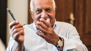 Václav Klaus starší by Španělům poradil, jak na to. Otázkou je, zda o to Španělé stojí