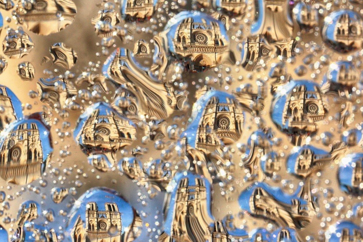 Paříž v kapce vody
