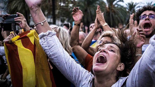Katalánci vyhlásili nezávislost 's odkladem'
