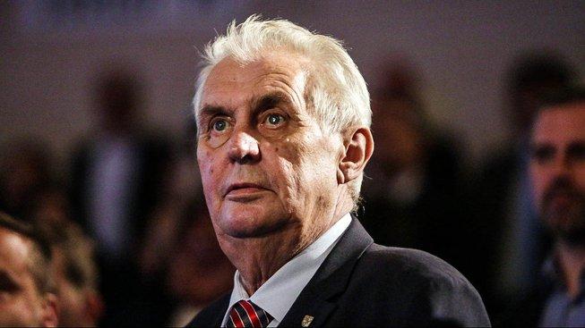 Proplatit návštěvu prezidenta Miloše Zemana prý nechtějí ani v Olomouckém kraji